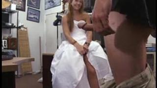 Noiva traindo por dinheiro - completo aqui http://sht.io/ds7v