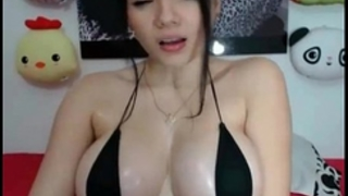 Great and precious cam model doing enjoyment things online for all to watch