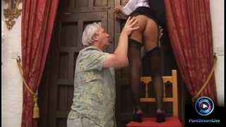 Luscious valentina velasquez gives fleshly footjob to older man