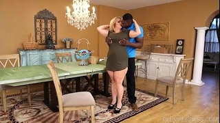 Busty bbw cougar cami cooper acquire some large dark schlong