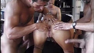 Dirty floozy disputed by group of perveted fellows