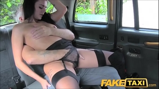 Driver group-sex brunette hair in fake taxi