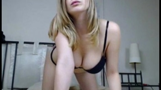 Stunning golden-haired doll shaking that sexy hot gazoo