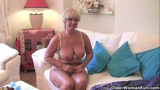 Chubby grandma with large old pantoons bonks a sex tool