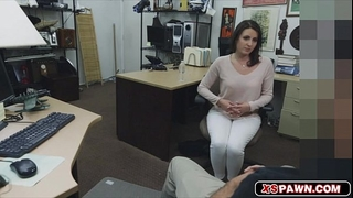 Gorgeous white bitch having her love tunnel screwed