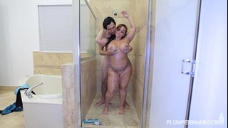 Pawg betty team fuck receives her wazoo pounded in the shower